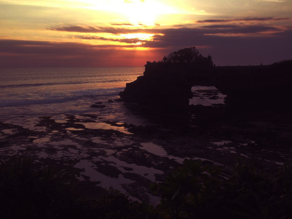 Tanah Lot temple, best tourist destination in Bali to see the sunset